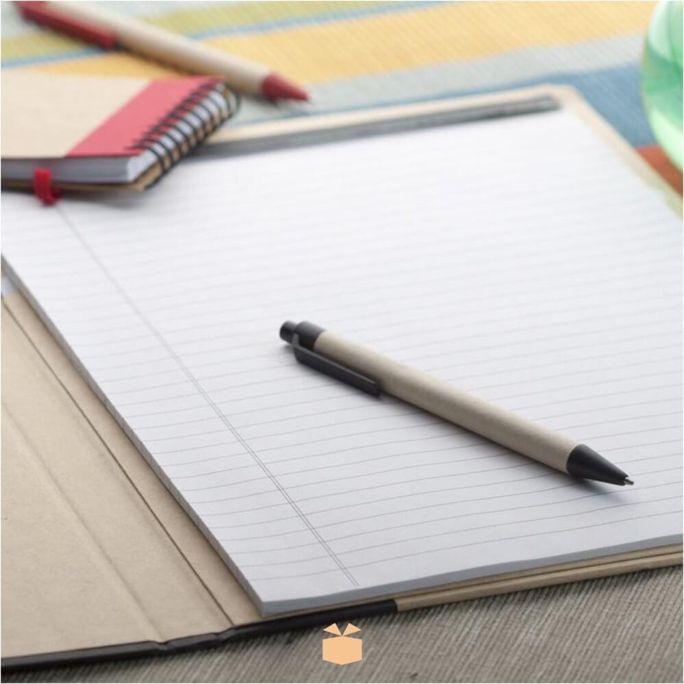 Teczka z notatnikiem i długopisem